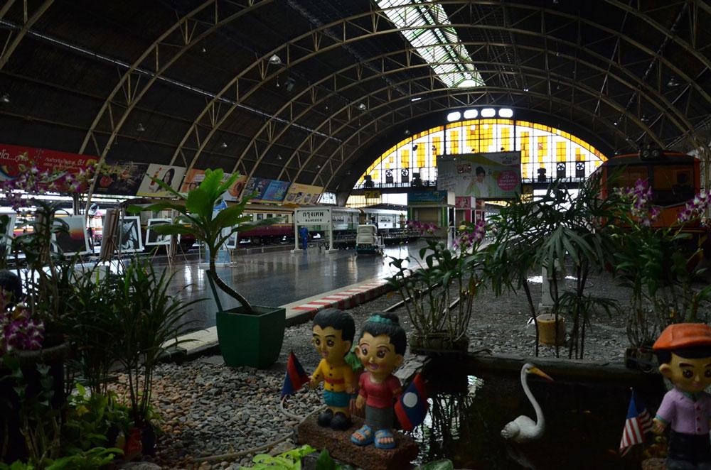 バンコクの始発駅は現在のフアランポーン駅の北バンスー駅となる見通し。