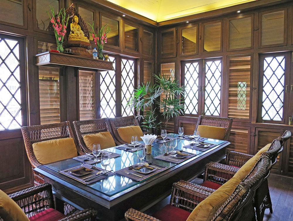 高級少数民族レストランのはしりとなった2013年オープンの「シャンヨーヤー」 Shan Yoe Yar 住所:169 War Dan Rd., Lanmadaw Tsp., Yangon 電話:09-7658-88986 営業時間:6:00~22:00