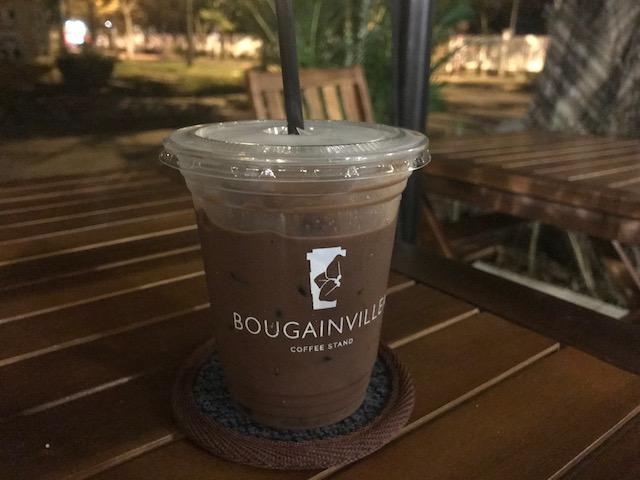 オススメのココナッツチョコレート。甘過ぎず、とても飲みやすい!