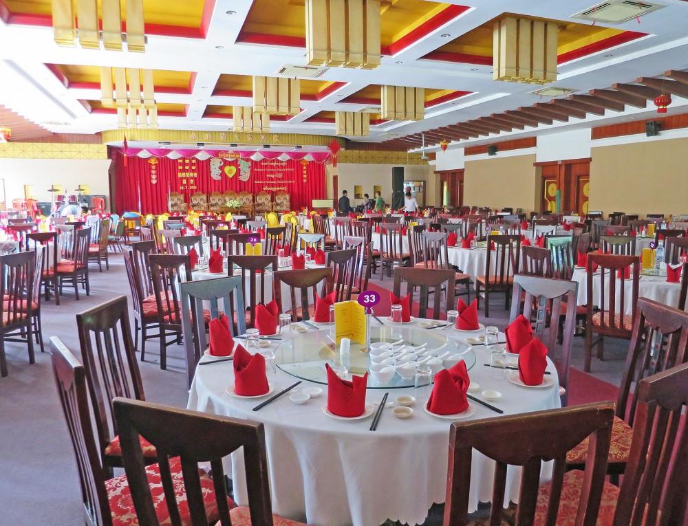 結婚式の披露宴会場にもなる大型中華レストラン