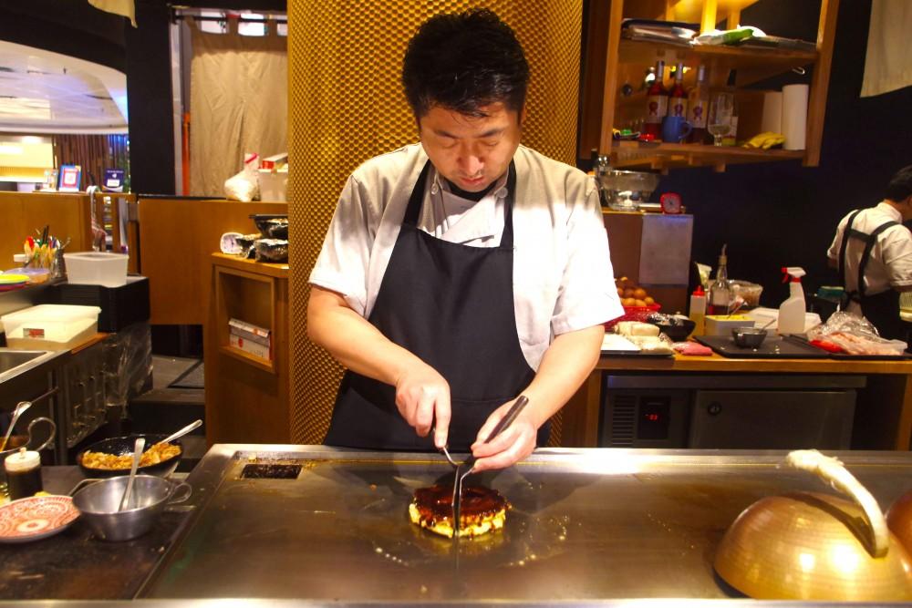 鉄板料理OSAKAきっちん。 OSAKA KITCHEN