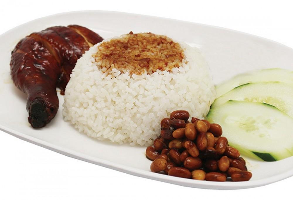 Soya-Sauce-Chicken-Rice_1_1
