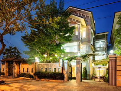 Mai-Boutique-Hotel-exterior-05-3-400x300
