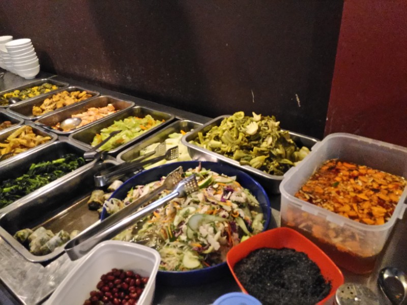Peacevegan_buffet (1)