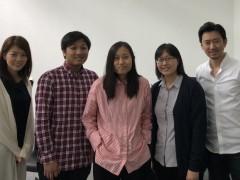 右端:山内氏、左端:飯塚氏