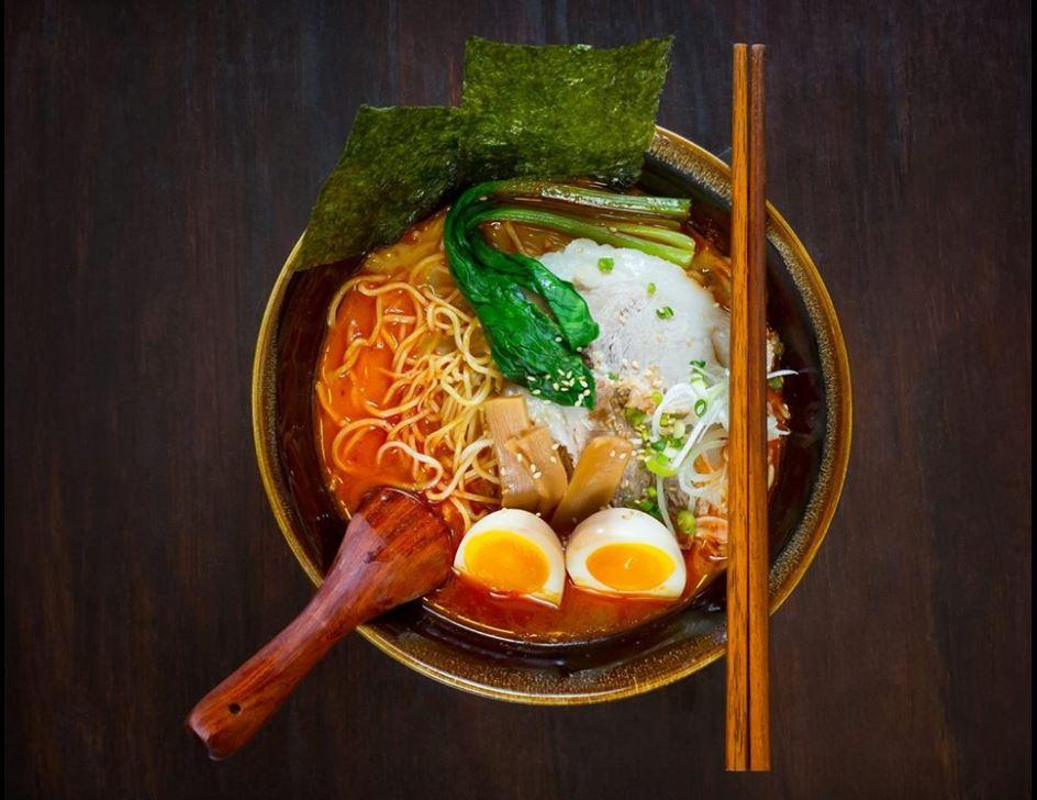 「横綱ヤンゴン」の「Extra Spaicy/Spicy Noodle」(激辛/ピリ辛ラーメン)