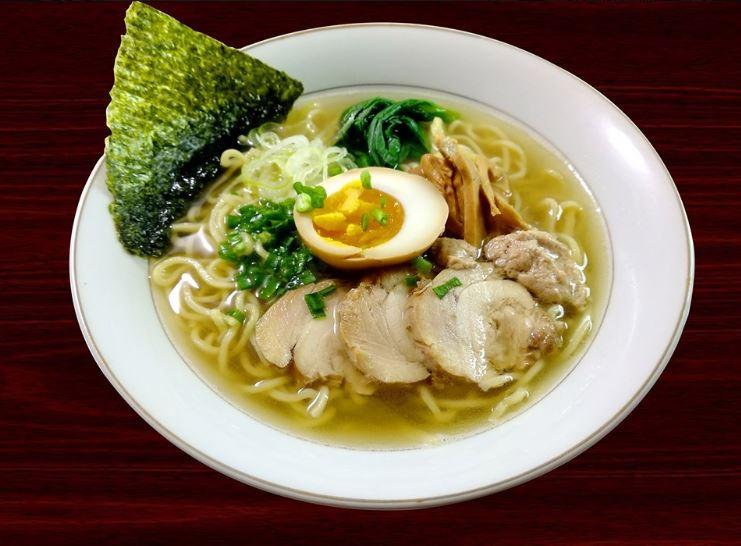 日本人駐在員に好評の「鶏塩ラーメン」
